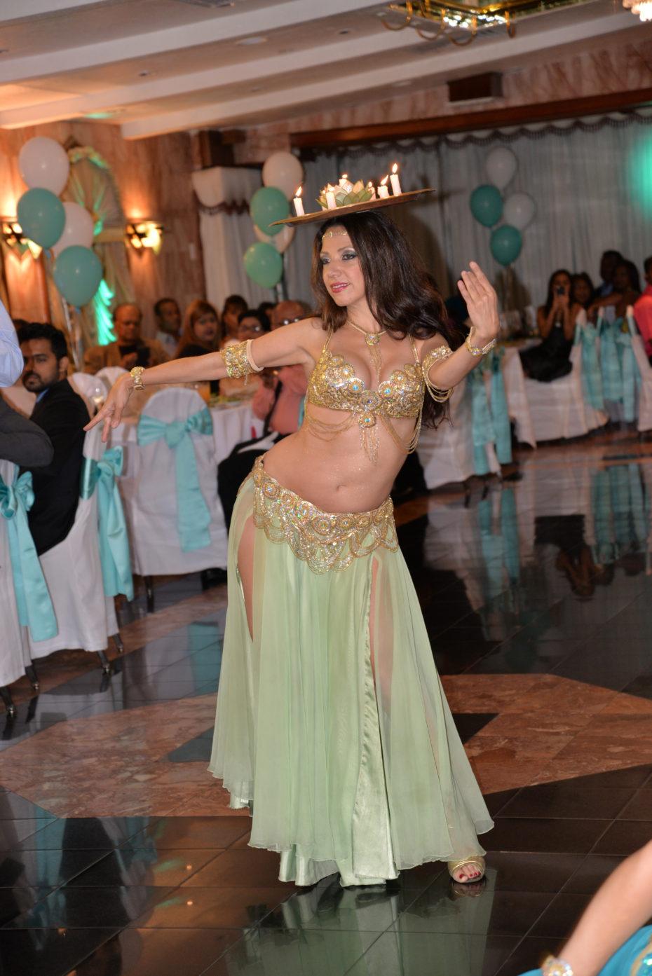 Belly dancer Sira NYC entertains wedding guests in Manhattan